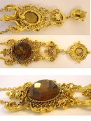 Gorgeous Glass jeweled Asian Flair necklace
