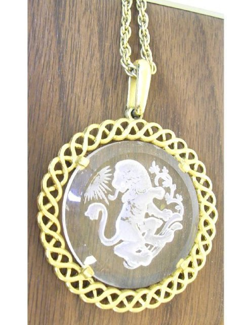 Large Glass intaglio Lion ornate necklace