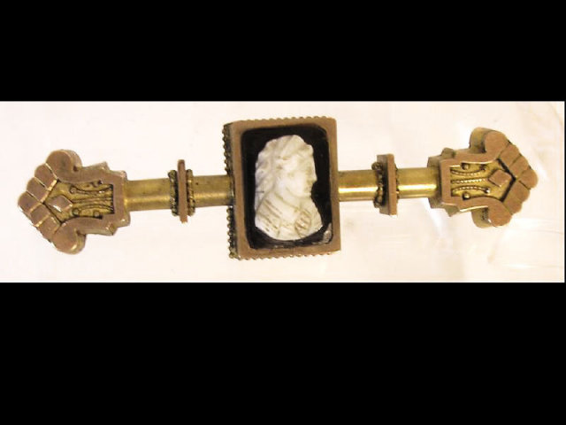 Antique Cameo Brooch * 1850s mixed metal rose & yellow Gold* bar pin Victorian Jewelry