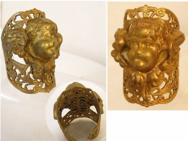 Vintage Gothic Winged Cherub angel head ring