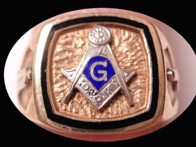 Vintage GOLD Enamel Masonic Ring Blue LOdge Applied Tools