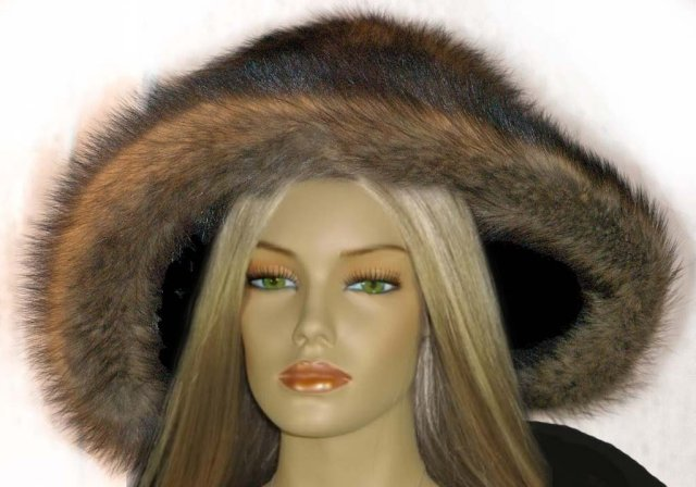 Vintage  fur FIsher  hat with original box and tags.