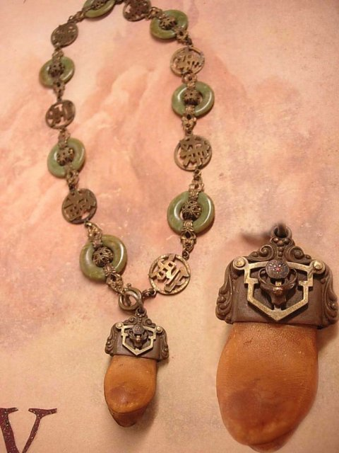 Antique Tooth necklace Bizarre Victorian  Chinese Jade  Very OLD