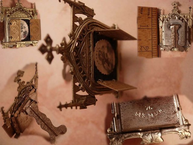ANtique Miniature Traveling Religious Icon Shrine with hinged doors