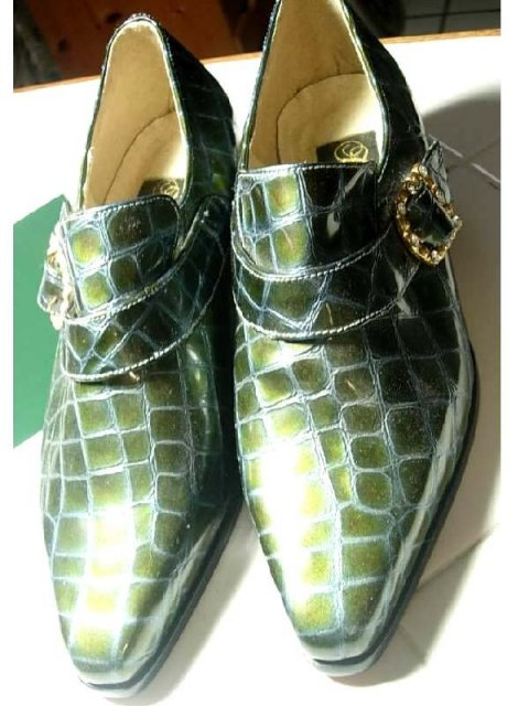 Glitzy Faux alligator rhinestone studded irridescent shoes 7M never worn leather