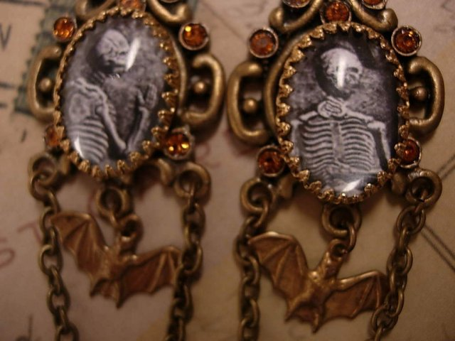 Bizarre gothic Macabre Corpse memoriam earrings with bats and chains and more