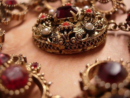 VIntage RED Rhinestone Victorian Brooch and Bracelet