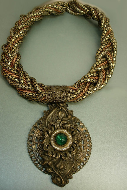 Gothic Baroque Renaissance collar necklace antique pendant snake necklace