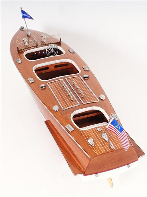 Model Motorboat Like Chris Craft Triple