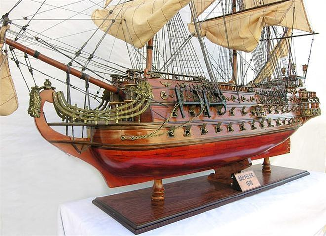New XL Model Ship San Felipe Limited Edition