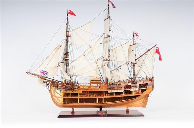 Model Ship HMS Endeavour Boats Sailing Open