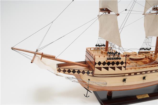 Model Ship Mayflower Medium Teak Rosewood