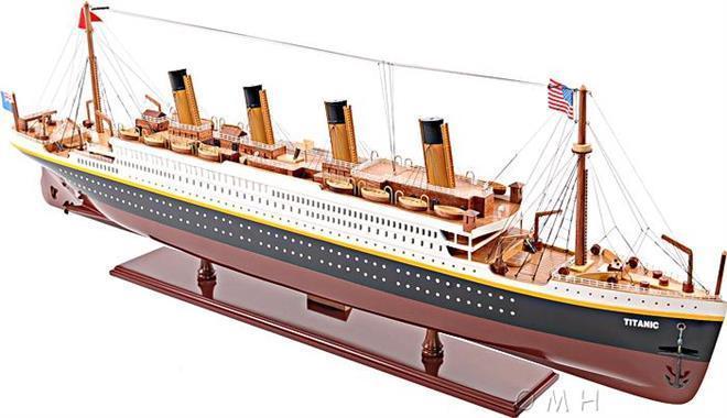 Model Ship Titanic Boats Sailing Medium