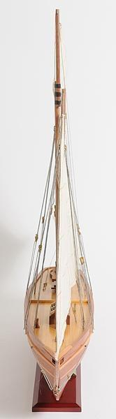 Model Yacht America Clear Varnished Painted