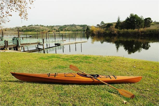 Kayak 15-Ft Marine Vanish Clear Varnish