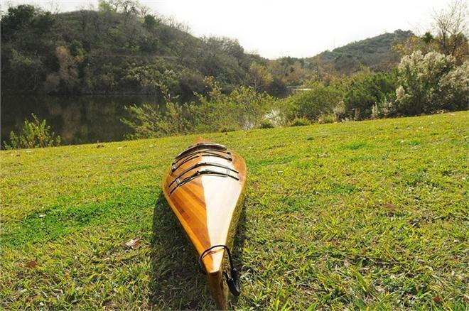 Kayak 15-Ft Marine Vanish Clear Varnish
