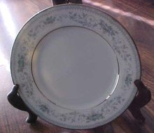Noritake China Bread Plate Colburn 6107 buy 1 or more