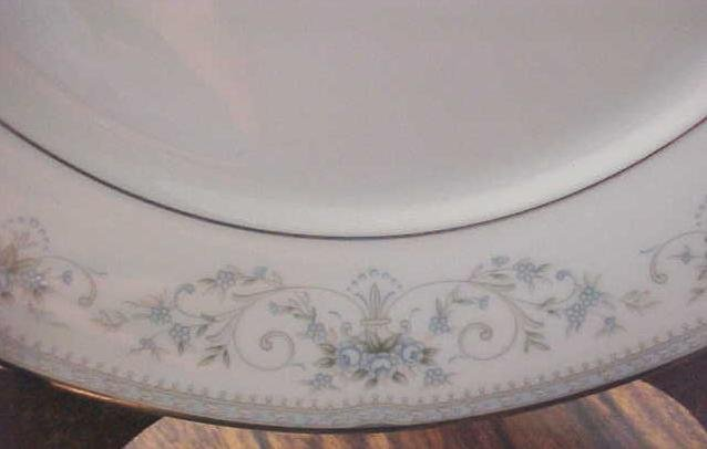 Noritake China Dinner Plate Colburn 6107 buy 1 or more