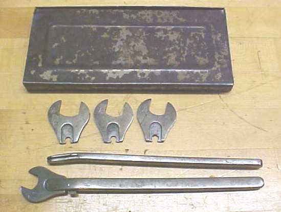 Park Metalware Wrench Set + Metal Case