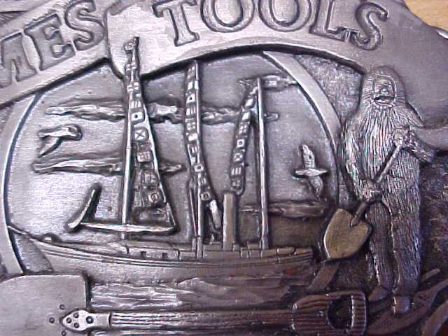 Siskiyou Ames Tools Belt Buckle North Pole