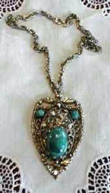 Necklace Renaissance Medallion Choker