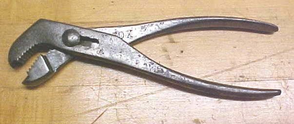 Eagle Claw Wrench Pliers / Wrench