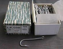 Pflueger Box of 100 No. 4 Fish Hooks