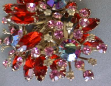 Brooch Pin Red Floral Spray Rhinestone Exquisite