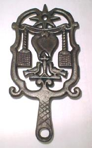 Wilton Iron Trivet Unusual Folk Art Design