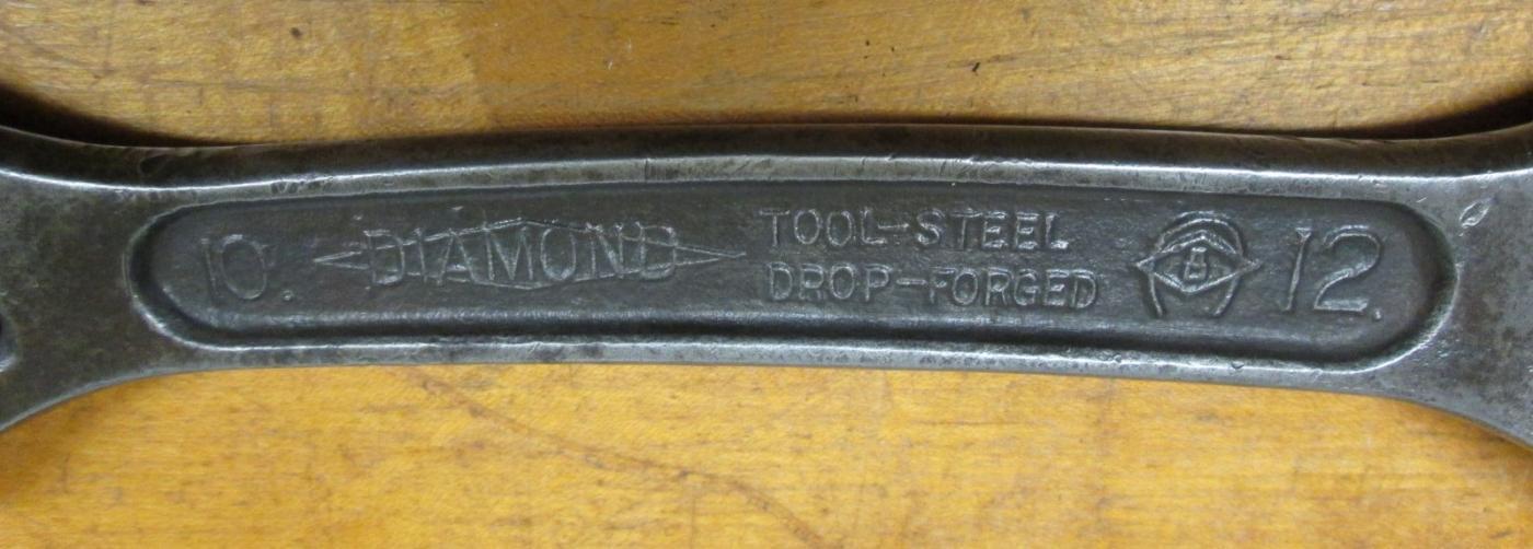 Diamond Calk Horseshoe Double Ended Adjustable Wrench