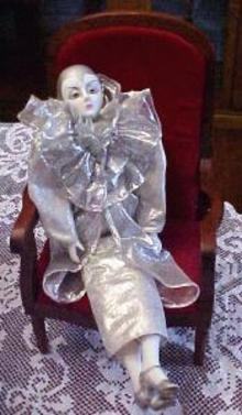 Poirot Doll Musical Silver Outfit