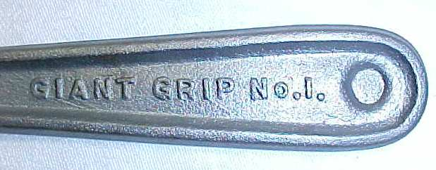 Giant Grip No. 1 Horseshoe Calk Remover