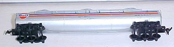 Train Car HO Scale Gulf Tanker Car Tyco