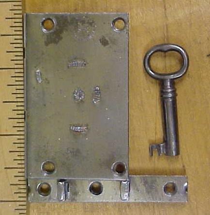 Eagle Lock Set Trunk or Box Lid Lock w/Key 2.5 inch