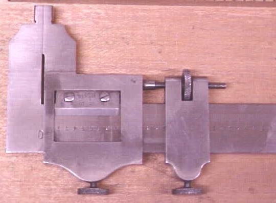 Brown & Sharpe No. 570 Vernier Calipers 6 inch