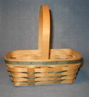 1993 Longaberger handwoven handled basket
