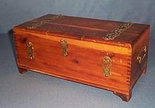 Solid cedar bureau jewelry/handkerchief box