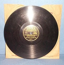 78 RPM On the Atchison, Topeka, and Sante Fe by Judy Garland and the Merry Macs