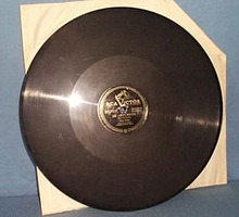 78 RPM Perry Como sings The Lord's Prayer and Ave Maria