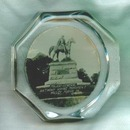 Major General Anthony Wayne Monument Valley Forge PA heavy glass paperweight