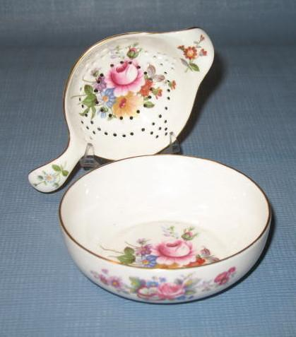 Royal Crown Derby Derby Posies tea strainer