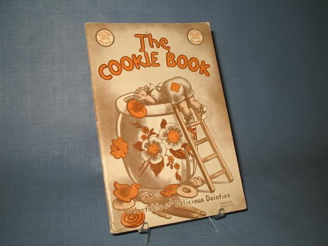 The Cookie Book compiled by Nellie Watts