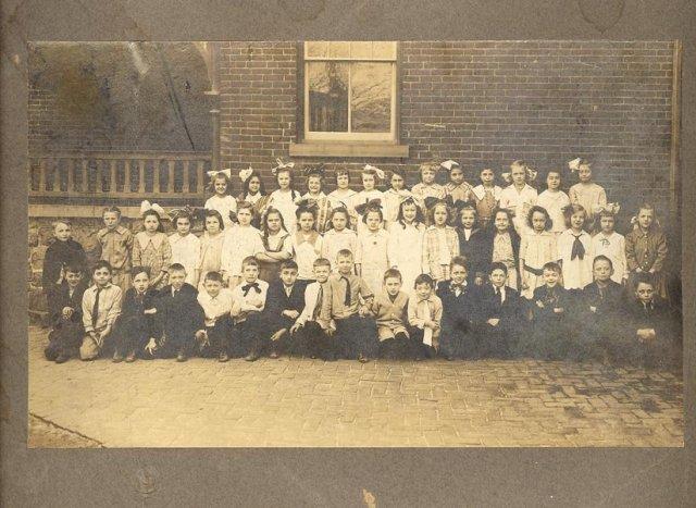 1917 Allentown, PA 3rd Grade Class Photo