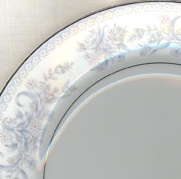 Mikasa Dresden Rose L9009 salad plate