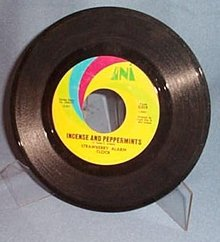 Incense and Peppermints by Strawberry Alarm Clock 45 RPM