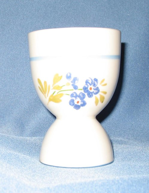 Canonsburg Pottery 2704 egg cup