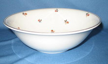 Homer Laughlin Nautilus Cardinal round vegetable bowl