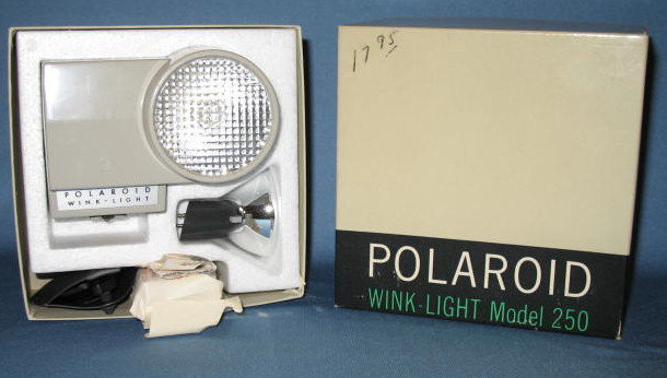 Polaroid Wink-Light Model 250 in original box