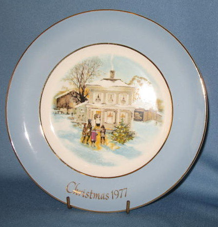 Avon Christmas Plate Series by Enoch Wedgwood 1977