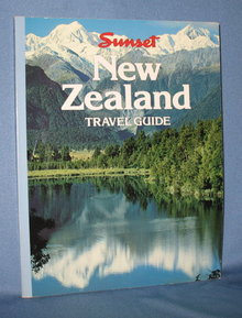 New Zealand Travel Guide by Sunset Books